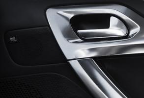 Peugeot_SUV2008_Layout7-21